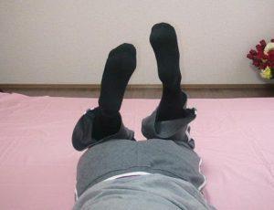 殿屈検査Ⓡ(膝の曲がり方、足の動きの左右差)